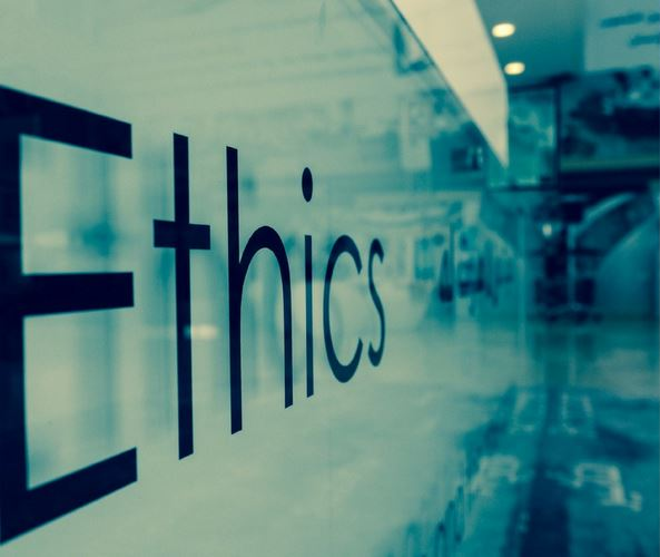 Етиката и онлајн новинарството
